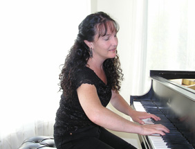 Solo Piano with Stacey Rose